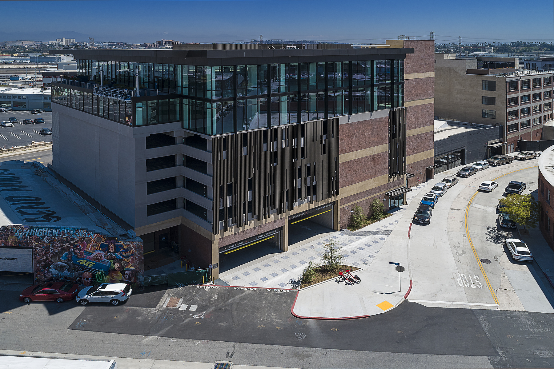 1003 Fourth Place Parking Structure and Office Building